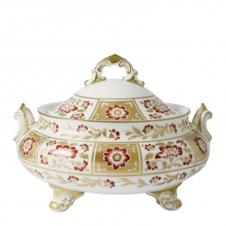 Derby Panel Red Covered Vegetable Dish