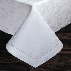 Acanthus White Oblong 70