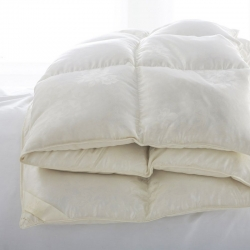 St. Petersburg Medium Down King Comforter