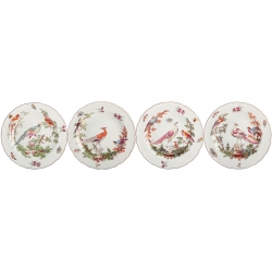 Chelsea Bird Set of Four Dinner Plates