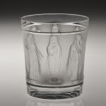 Femmes Antique Whiskey Tumbler
