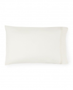 Grande Hotel Ivory/Ivory Standard Pillowcases, Pair