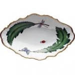 Green Leaf Oval Vegetable Dish